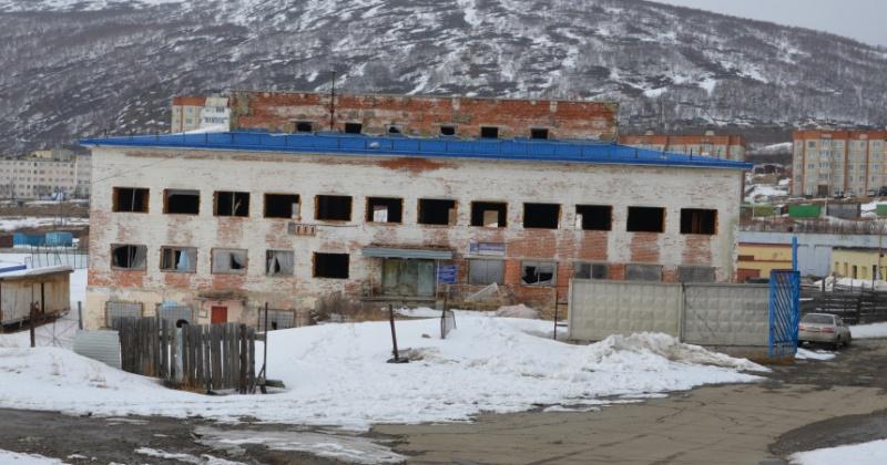 Здание банно-прачечного комплекса на Октябрьской снесут по просьбе жителей Магадана