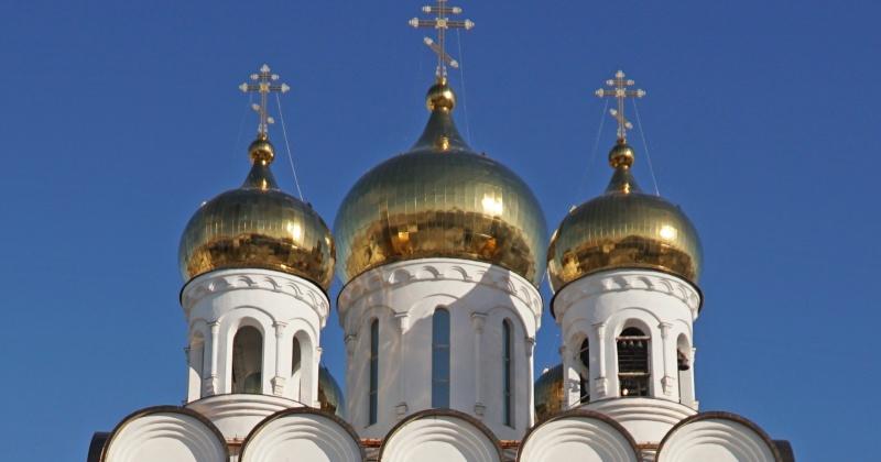 Глава региона и Архиепископ призвали колымчан воздержаться от посещения соборов и церквей