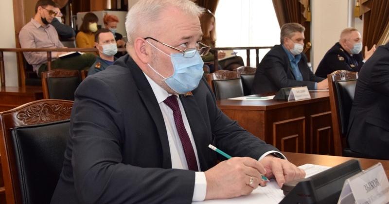 Андрей Зыков: Колымчанам в возрасте старше 65 лет, однозначно, пока рисковать здоровьем нельзя – лучше остаться дома