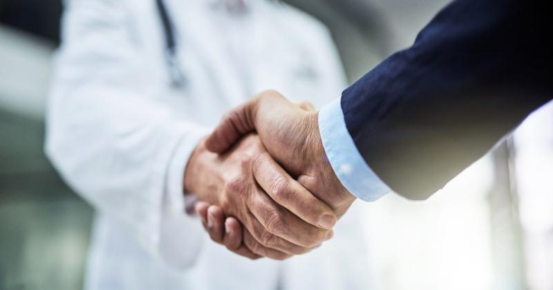 «Тихрыбком» поддержал медиков и соцработников средствами индивидуальной защиты