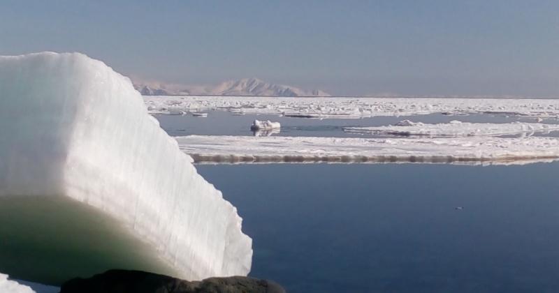 На Колыме полицейские продолжают разыскивают пропавших в море рыбаков