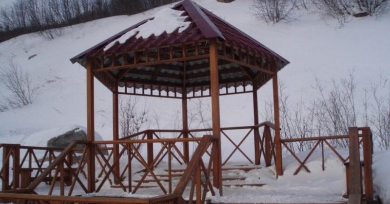 "Беседку на ""Роднике Любви"" в Магадане восстановят"