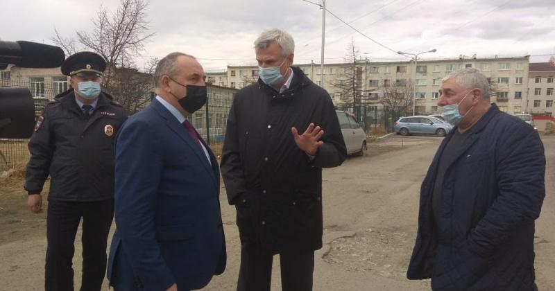 Губернатор Магаданской области Сергей Носов посетил ряд объектов благоустройства в Магадане