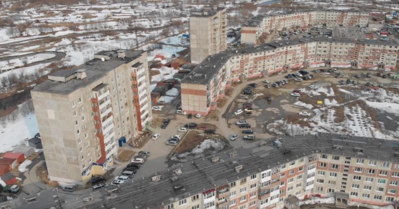 Очистить улицы и дворы от накопившегося за зиму мусора призвал жителей своего избирательного округа Михаил Тумашов