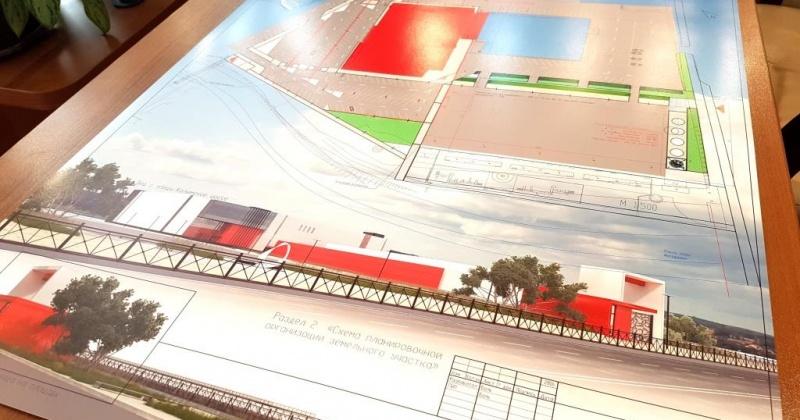 Магаданский Арбат, зоны для творчества архитекторов, современная транспортная и пешеходная логистика, зеленый сквер, вантовый мост