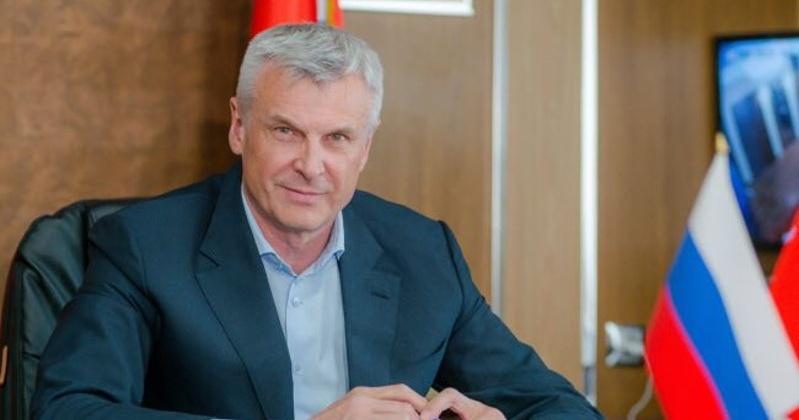 Поздравление губернатора Магаданской области Сергея Носова с Международным днем защиты детей