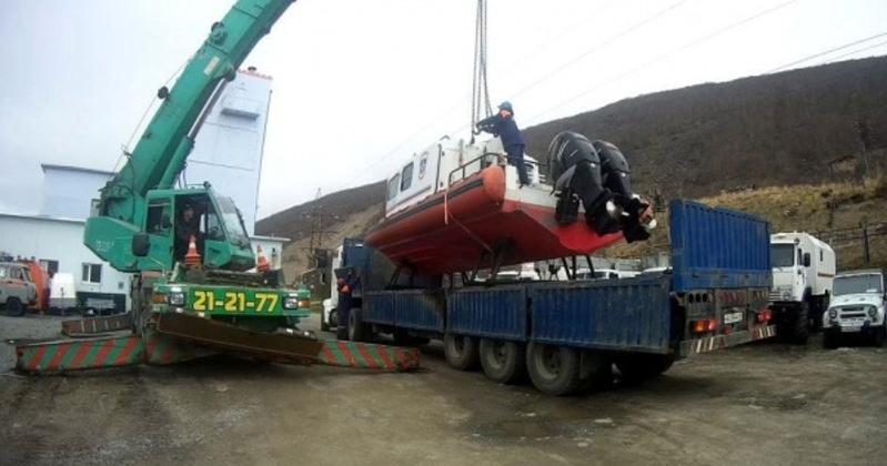 Поисково-спасательный катер «Лидер–10» будет дежурить в бухте Нагаева в Магадане