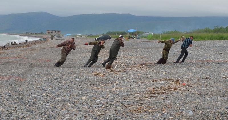 Рыбакам-любителям в Магадане могут разрешить продавать улов
