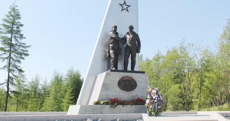Власти Магадана почтили память героев  АЛСИБа