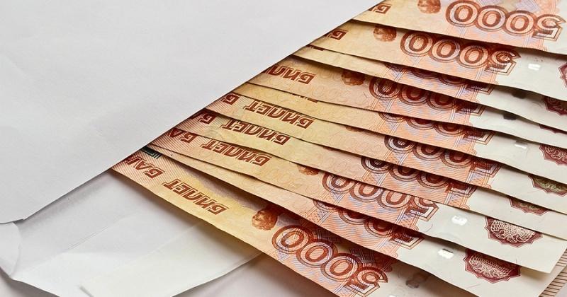 Работодатель в Магадане принудительно выплатил зарплату своему работнику