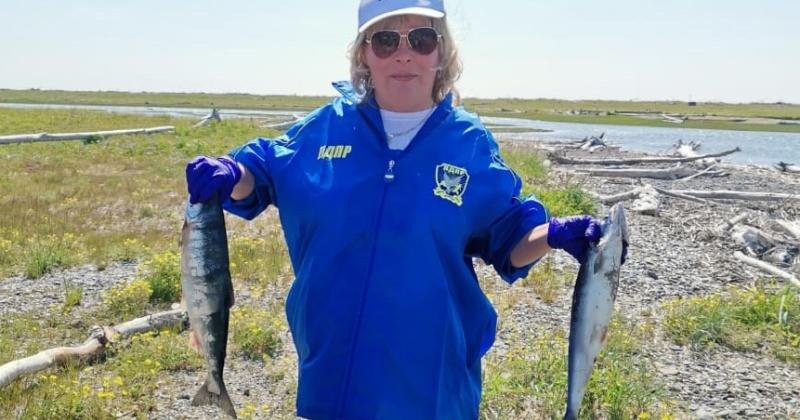 Более 400 колымчан приняли участие в бесплатной рыбалке от колымских либерал-демократов