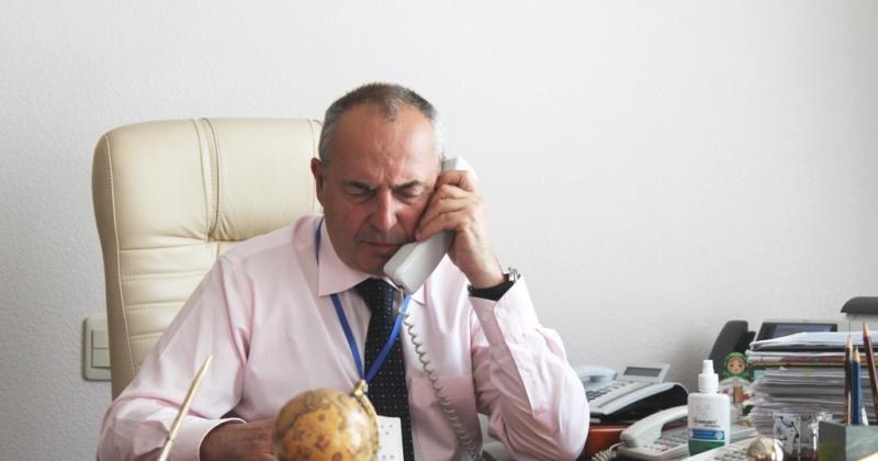 Более 30 вопросов задали на «прямой линии» мэру Магадана