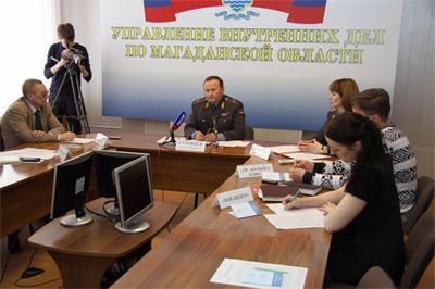 Главный полицейский Колымы Александр Суровцев провел пресс-конференцию по разъяснению Закона «О полиции»