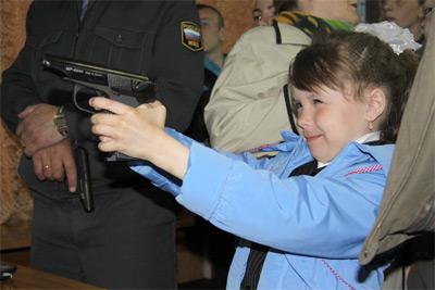 Общественный совет при УМВД по Магаданской области организовал праздник для детей-сирот