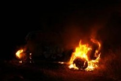 Колымские пожарные ликвидировали возгорание автомобиля в поселке Талон