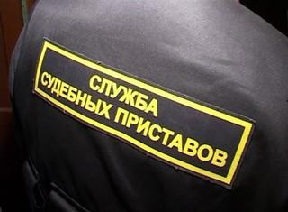 Газовое и травматическое оружия, ножи и электрошокеры  пытались пронести в суды Магаданской области