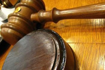 Житель Тенькинского района, обвиняемый в совершении преступления против половой неприкосновенности несовершеннолетней, предстанет перед судом