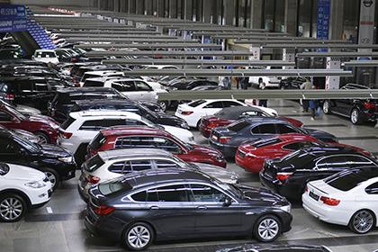 Россияне в кризис потратили почти 1,5 триллиона на покупку новых автомобилей