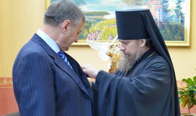 Михаил Котов удостоен награды Патриарха Кирилла