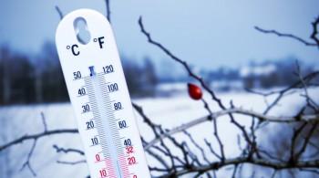 В Магадане снег с метелью