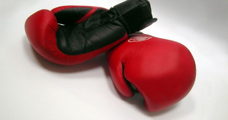 Боксер, получивший травму на турнире, находится в отделении реанимации Магаданской областной больницы