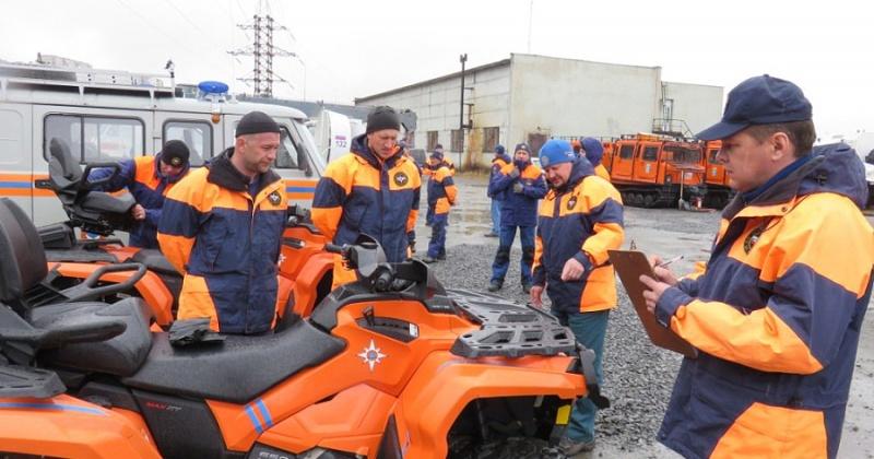 Спецтехнику проверили магаданские спасатели перед летним периодом
