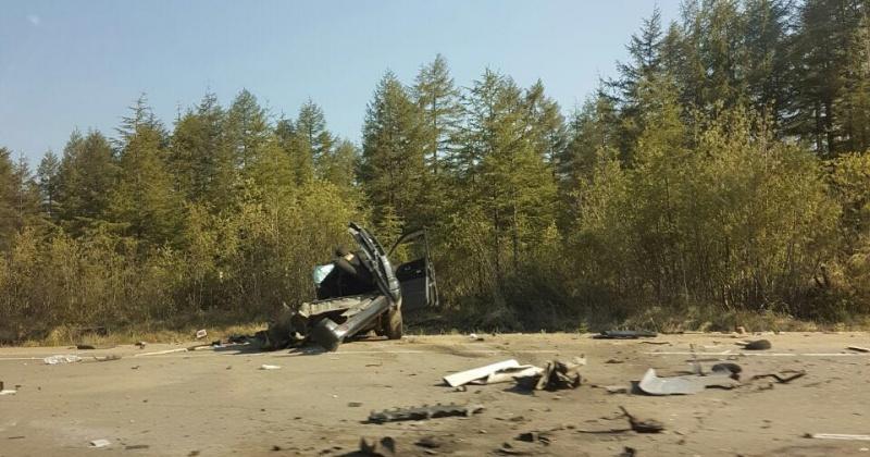 Водитель автомобиля «Тойота-Ноах», врезавшийся в КАМАЗ, управлял транспортным средством без прав