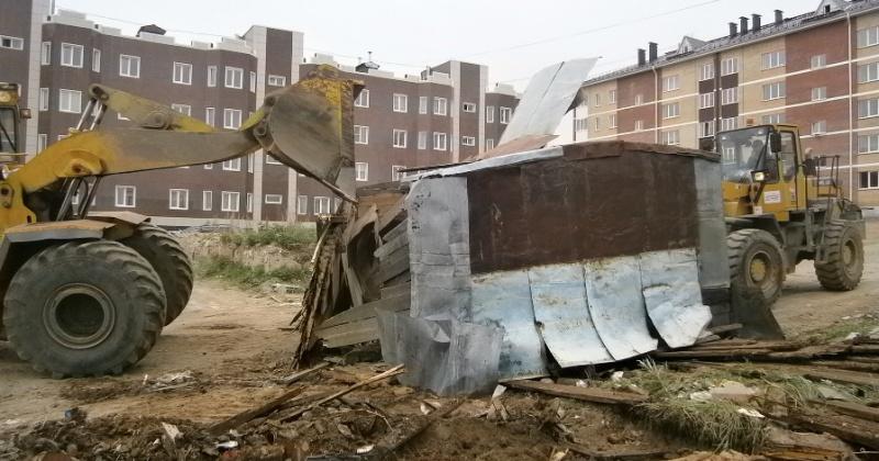 В Магадане в этом году планируется вывезти около 400 заброшенных гаражей и других сооружений