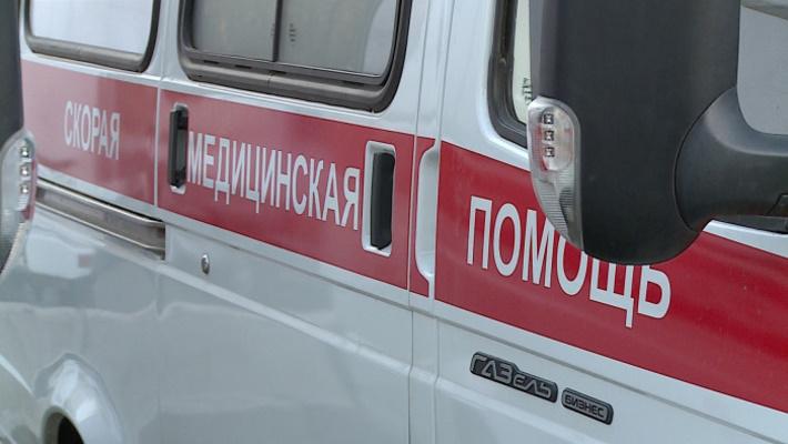 Неизвестный водитель, управляя мопедом «Хонда» в дворовой территории совершил наезд на 5-летнего мальчика и скрылся с места ДТП