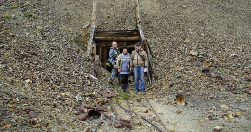 Сотрудники Магаданского областного краеведческого музея вернулись из экспедиции по старым лагерям Дальстроя