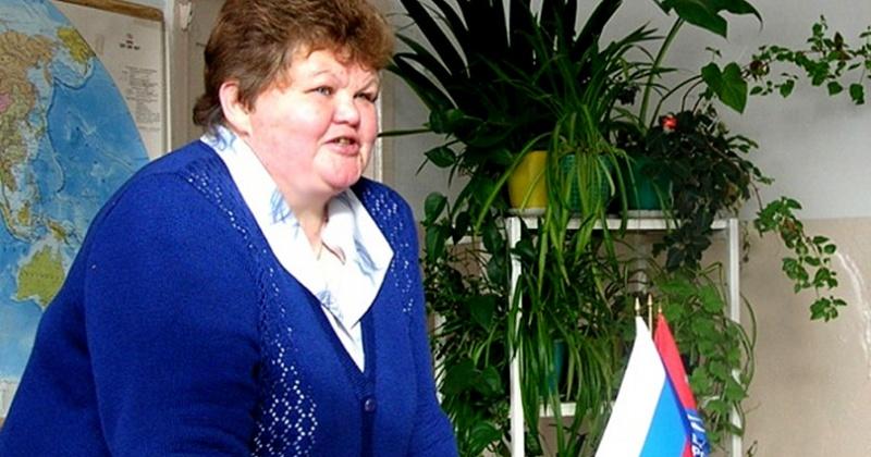Юбилей сегодня отмечает один из лучших педагогов Колымы Елена Михайловна Гоголева