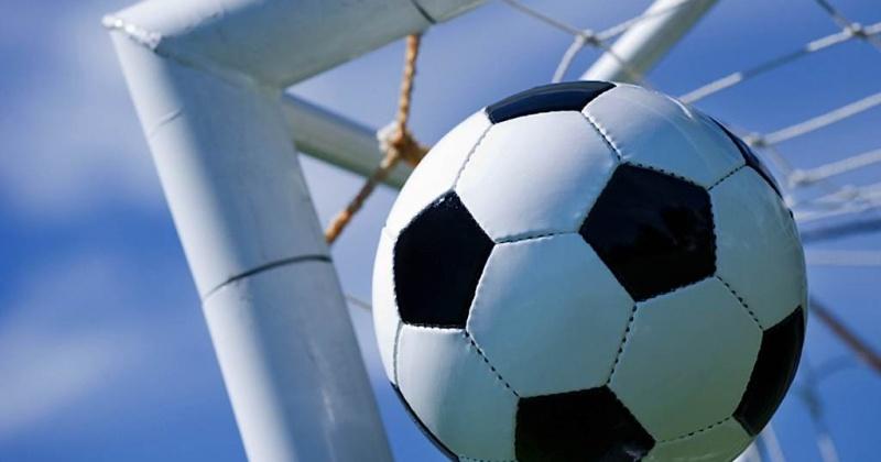 В Магадане сегодня стартует турнир по мини-футболу «Кожаный мяч»