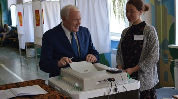 Избирательные участки открылись на Колыме