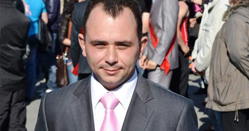 Уполномоченный по правам ребенка Колымы Денис Павлик побывал с рабочим визитом в Среднеканском городском округе