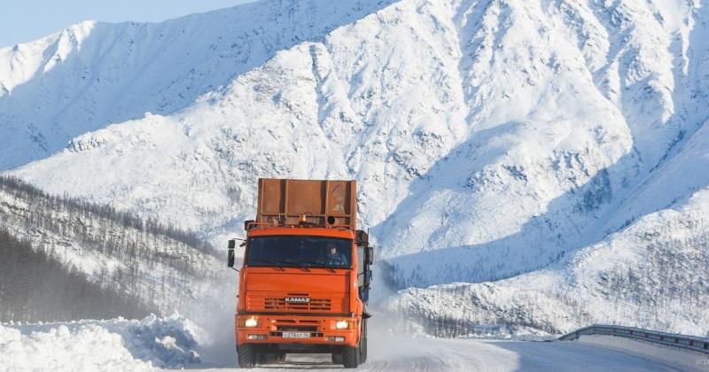 На автодороге «Ларюковая-Авенирыч-Сеймчан» проезд ограничен для автотранспорта с прицепами и полуприцепами