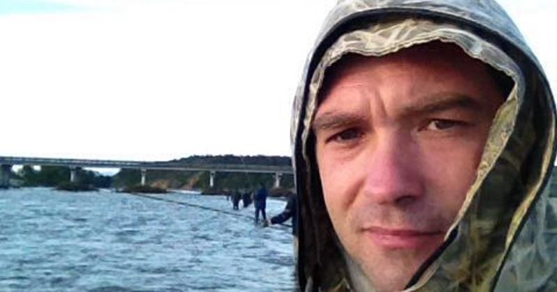 На Колыме продолжают розыск двух пропавших рыбаков