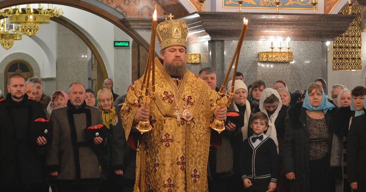 В Магадане освятили храм новомучеников и исповедников церкви Русской