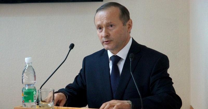 Уполномоченный по правам человека в Магаданской области Александр Суровцев решил досрочно сложить полномочия