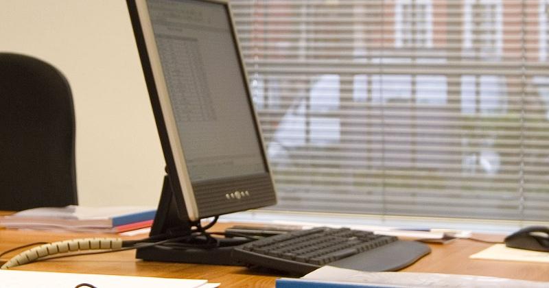 В Управлении Пенсионного фонда в г. Магадане заработал гостевой компьютер с доступом в Личный кабинет гражданина на сайте ПФР