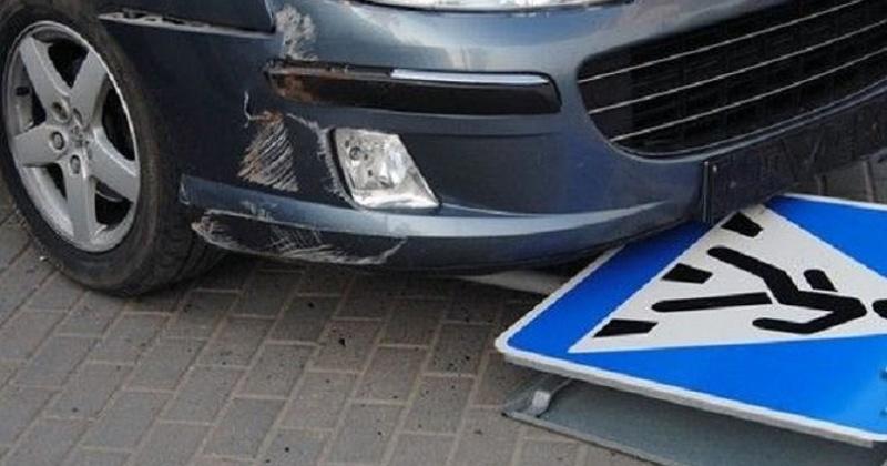63 – летний водитель, управляя автомашиной «Тойота-Кроун», сбил на пешеходного переходу пенсионерку