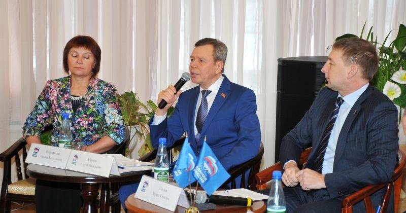 Депутаты областной Думы дополнительно стимулируют работу малого и среднего бизнеса