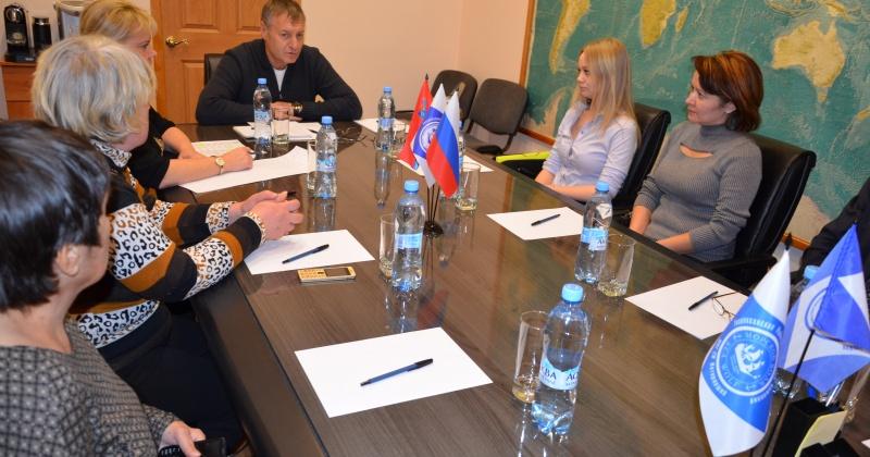 Депутат Михаил Котов попросил губернатора защитить интересы фермеров при проведении госзакупок