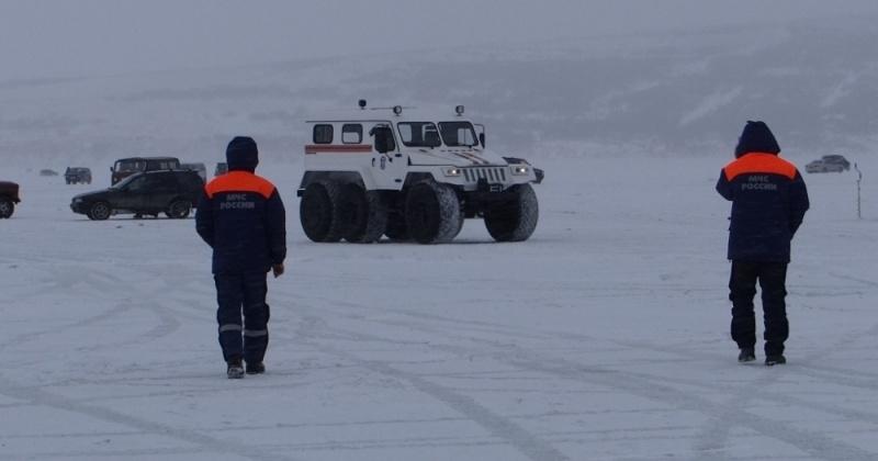 Сотрудники ГИМС и спасатели проведут дополнительные рейды в места возможного выхода людей на лед в окрестностях города Магадана