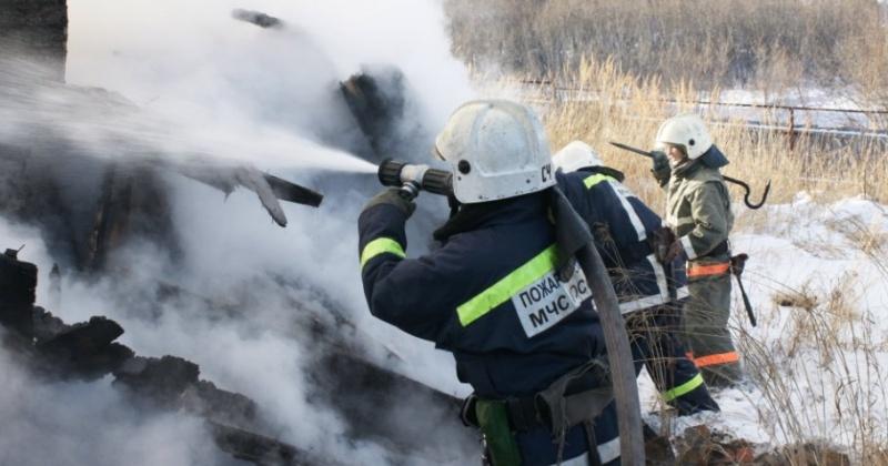 Частная баня сгорела в Магадане