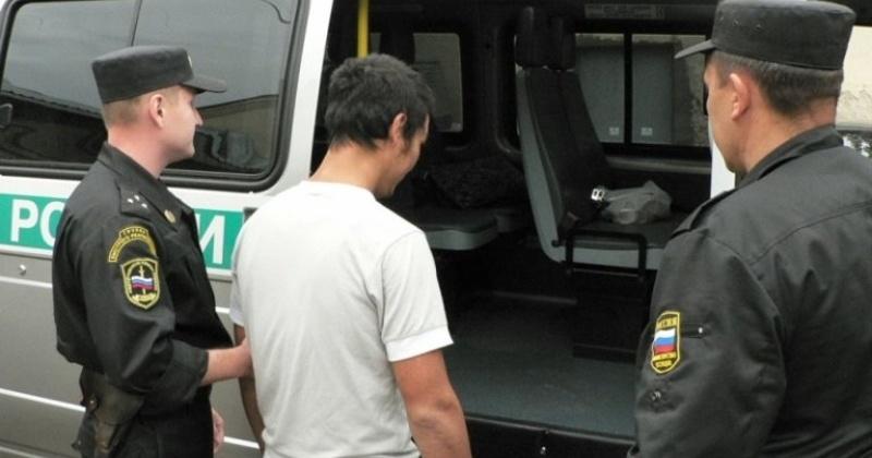 Из Магадана принудительно выдворены 27 нелегально пребывающих в России иностранцев