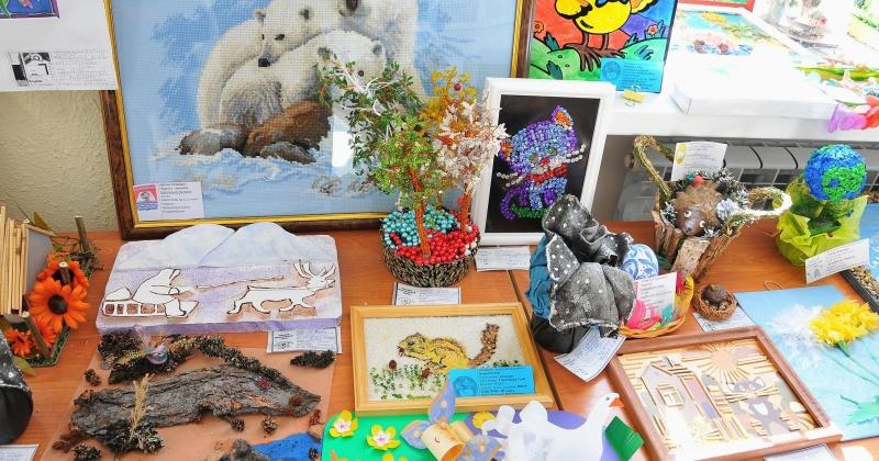 """Выставка  """"Сохраним земли очарование"""" откроет декаду экологических знаний в Магадане"""
