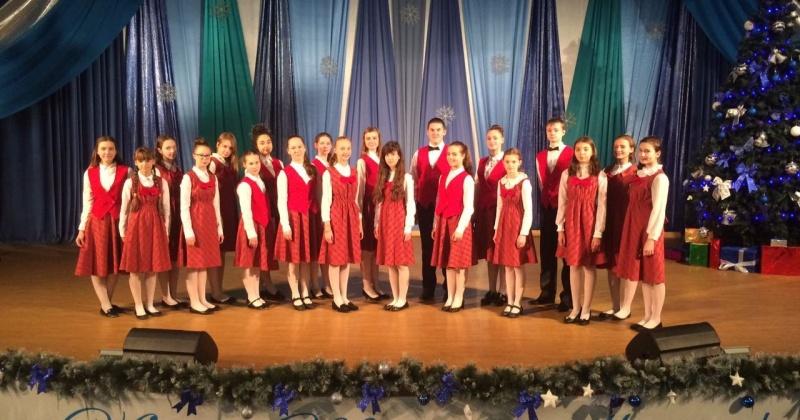 В дальневосточном этапе Всероссийского хорового фестиваля Колыму представят концертных хор «Allegro» и народный ансамбль русской песни «Лель»