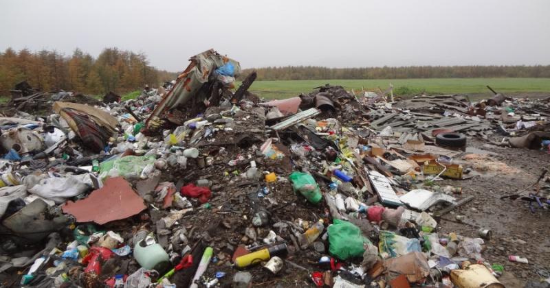 Три несанкционированные свалки твердых бытовых отходов находится в пос.Сеймчан