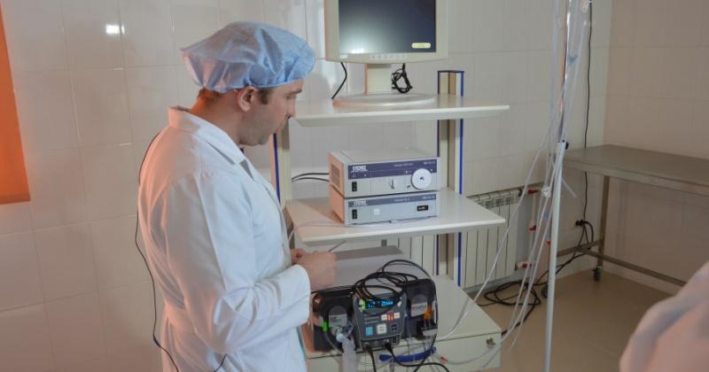 Новое высокотехнологичное оборудование для артроскопических операций получила Магаданская областная больница