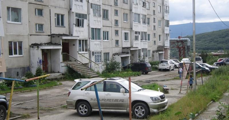 Мнение о создании бесплатной парковки во дворе по улице Набережной реки Магаданки, 83 узнают у магаданцев